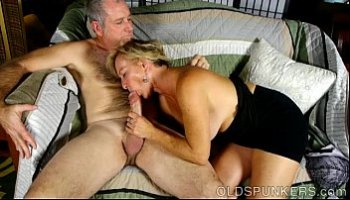 older women sucking cock