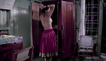 topless pics of bollywood actress