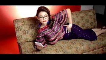 urvashi rautela sexy hot pics