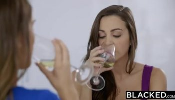 anushka sharma big boobs