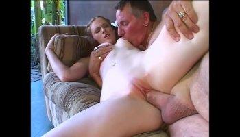 asian girl sucking white dick