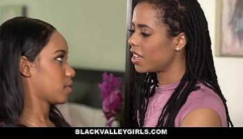 hot sexy black lesbians