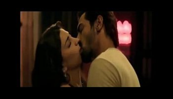 hot scenes of shruti hassan