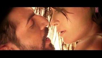 aaj phir tumpe pyar aaya hai full video song