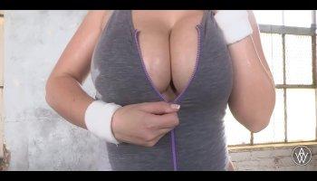 kajal agarwal hot boobs pics